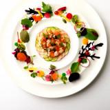 四季折々の食材を、まるでアートのように盛り付け、五感で楽しむことができるお料理が沢山です