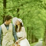 『はじまりと永遠』という樹言葉を持つメタセコイアの並木道。
