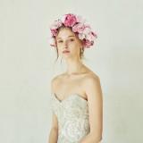 全ての花嫁が「自分らしく」輝けるドレスをご提案