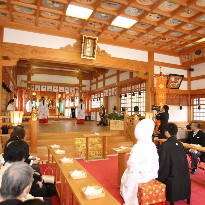 川原神社(produce by ウエディングマルシェ)