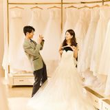 【館内ドレスショップ】ドレスはたくさんの中から運命の1着をお選びください。
