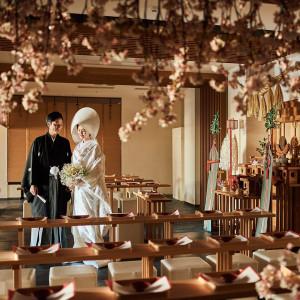 【神殿】クレアージュ リゾートなら多くのゲストにご列席いただける神前式に|CREARGE RESORT(クレアージュリゾート)の写真(3468348)