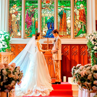 【7月8月来館限定】エリア最大級の大聖堂挙式がなんと(0円キャンペーン中)★
