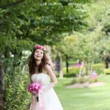 花嫁様をより一層輝かせる衣裳の数々