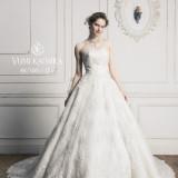 華やかな純白ドレス