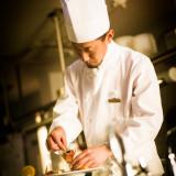 中村料理長 古名屋ホテル・オステルリー・ド・コートダジュールの味をずっと守ってきております。お客様の笑顔に為に!!