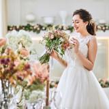 21年12月までの結婚式で最大15大特典*ドレスプレゼント&料理ランクUPなどお得な特典をご用意!