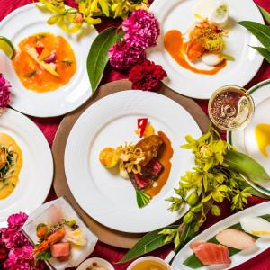 【ディナー】美食フルコースをお2人でシェア 目の前キッチン体験フェア
