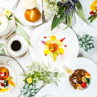 【ランチ】美食フルコースをお2人でシェア 目の前キッチン体験フェア
