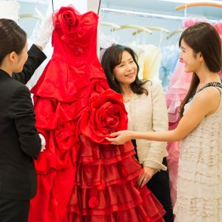 【憧れのドレス試着体験♪】初見学におススメ!花嫁体験フェア