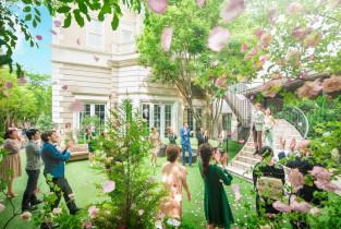 ガーデンでのフラワーシャワー|赤坂 アプローズスクエア迎賓館の写真(3745163)