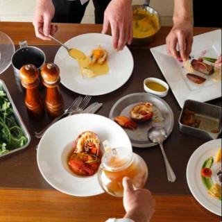 【3組限定】お料理重視の方へ☆2万円相当オマール×近江牛フルコース試食