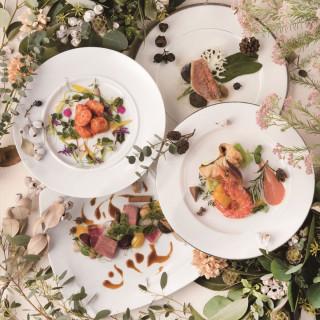 【来館特典】シェフ厳選食材の出来立て婚礼料理を無料で試食