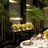 グリーンは会場の雰囲気をラグジュアリーな空間にしてくれます。