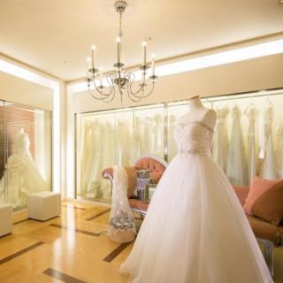 【セミオーダードレスの魅力を体感】ドレスルーム見学フェア
