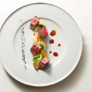 【国産牛フィレ肉のロースト 彩り野菜とブラックペッパーの香り】|LA TABLE Aoyama(ラ ターブル アオヤマ)の写真(3809380)