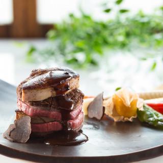 【国産牛フィレ肉フォアグラ添え】【オマール海老のグリエ】などの豪華無料試食をご用意