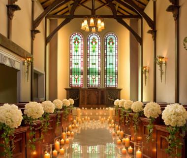 蔵を改装したチャペルでは教会式、人前式どちらもとり行える