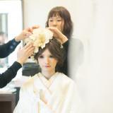 専属のスタイリストが「なりたい花嫁」を叶える、流行や好みからヘアメイクのリハーサルが可能です