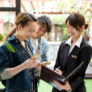 【全てのお客さまへ・条件ナシ】結婚式の日程変更や、契約時のプラン内容の変更が可能