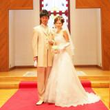 【70,200円でできる結婚式】新郎新婦の2ショットの写真1枚もプランに含まれています。