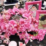 ゲストテーブルのお花はおふたりのイメージ通りに!! お花と合わせた小物のコーディネートでより、オリジナリティーを!!