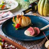 厳選した季節の食材を使い、シェフが腕を振るう料理の数々。