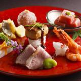 """名物""""フォアグラ寿司""""をはじめ、神戸牛や季節のお料理を、フェア参加で無料試食!"""