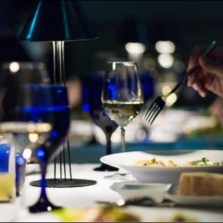 【必ずもらえる★】ホテル最上階レストランディナーのペアチケット(12,000円相当)プレゼント!