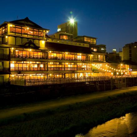 FUNATSURU KYOTO KAMOGAWA RESORT(国登録有形文化財)