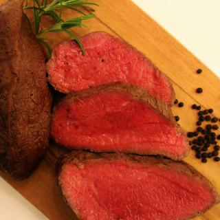 【来館特典】人気の豪華食材!黒毛和牛のロースト試食付!