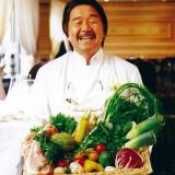 オーナーシェフはフレンチの鉄人・ムッシュ坂井。九州で味わえるのはラ・ロシェル福岡だけ!!