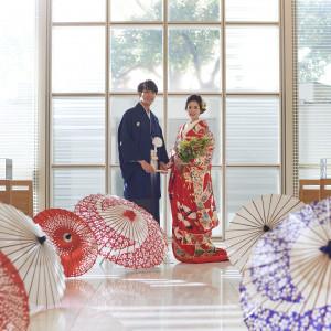 白を基調としたチャペルは和装も映えるので、和装人前式も人気です ANAクラウンプラザホテル金沢の写真(2813045)