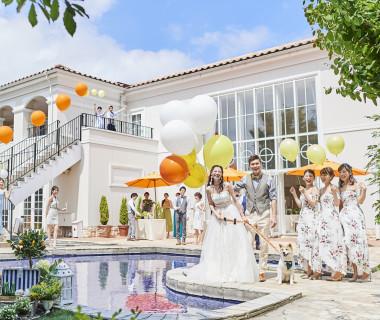 人気のガーデンウェディング☆新郎新婦様のおふたりも、ゲストの方もステキな想い出が残る結婚式になること間違いなし☆