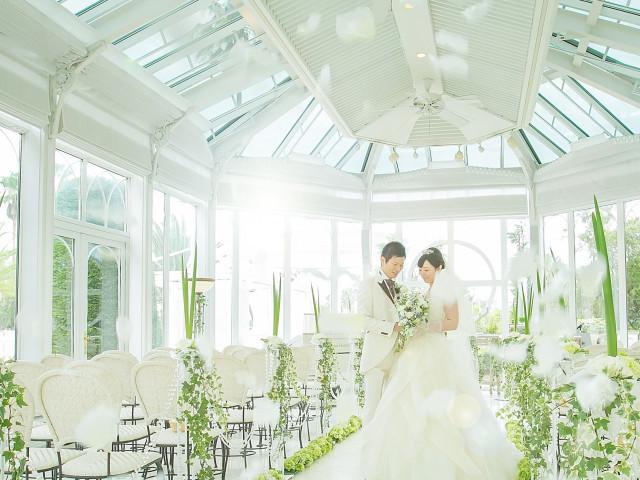 360度ガラス張りの独立型チャペル「光の教会」見学