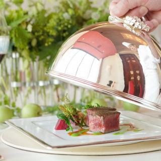 ◆レストラン自慢のお料理を堪能◆ (フェア来店者限定) お食事ペアチケットをプレゼント♪