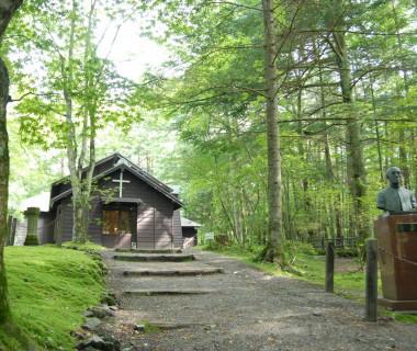 イギリス人宣教師A.C.ショー氏が明治28年に建てた軽井沢最古の教会「ショー記念礼拝堂」