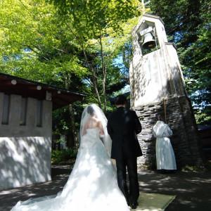 お二人を祝福した鐘は途切れることなく毎朝7時に鳴っている|万平ホテルの写真(568904)