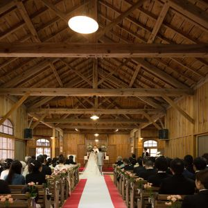 軽井沢に訪れる全ての人に開かれている神聖なこの場所で、 お二人の物語が確かに祝福されるのを感じることができるでしょう|万平ホテルの写真(1651073)