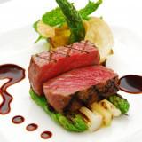 ゲストの満足度を左右する料理をしっかり確認