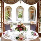 バラをテーマにしたウエディングはアルバート邸で大人気♪