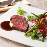ご成約のカップルに大好評の料理を特別に【ランクアップ】にてご用意します!