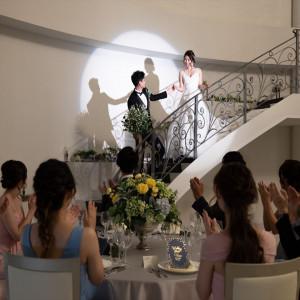 エレガントに階段から入場するのもあり。シャッターが鳴りやみません♪|マリーゴールド久留米の写真(3617729)