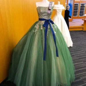 【あなた映えするドレスに出逢える】最新ドレス試着フェア♡