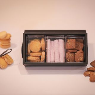 【公式HPからご予約いただいた方限定】パティシエ特製「焼き菓子」プレゼント