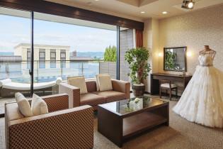 ブライズルームでのヘアメイク|ザ・グランスイート (-small luxury resort- THE GRAN SUITE)の写真(1147044)