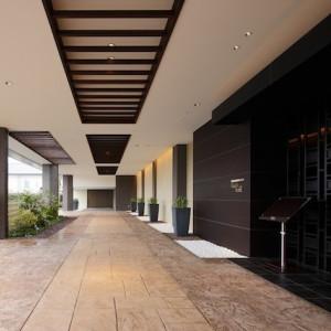 2つある会場には、それぞれ専用の入口が。特別な一日の為の特別な貸し切り空間が実現 ■ザ・グランスィート|ザ・グランスイート (-small luxury resort- THE GRAN SUITE)の写真(277518)
