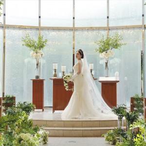 凛とした花嫁姿はまるで映画のワンシーンのよう|ヴィラ・グランディス ウェディングリゾート 福井の写真(1426598)