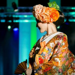 ヘッド装花も大切なアイテム!着物の色と合わせてトータルコーディネート♪|ヴィラ・グランディス ウェディングリゾート 福井の写真(1432999)