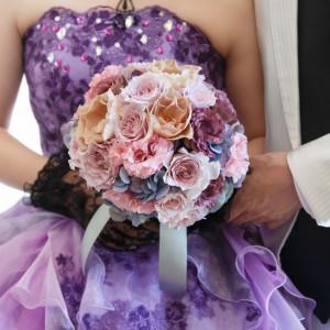 ドレスとブーケのコーディネートも大切なポイント!|ヴィラ・グランディス ウェディングリゾート 福井の写真(1432997)